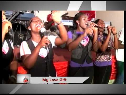 MY Love Gift 2011 Joe Mettle in Accra Tesano Ghana Live Gospel -HB3zSZ76MvE