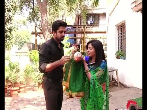 Iss Pyaar Ko ...: Aastha, Shlok celebrate Gudi Padwa - Bollywood Country Videos