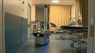 البرتغال تختبر روبوتا لتطهير غرف العمليات