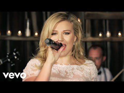 Kelly Clarkson - Tie It Up