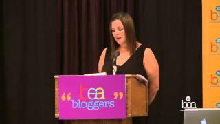 BEA 2012 -  Jennifer Weiner Keynote BEA Bloggers