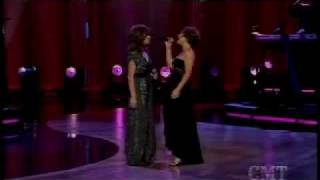 Kelly Clarkson And Martina Mcbride Does He Love You Live