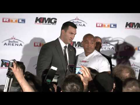 Klitschko vs. Leapai PK 18/19 | Stare Down | @Arena Oberhausen 11.02.2014 | TV.NEWS-on-Tour.de