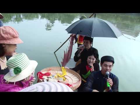 1-Hát quan họ trên thuyền rồng trong lễ hội đình làng An Nhân 2017
