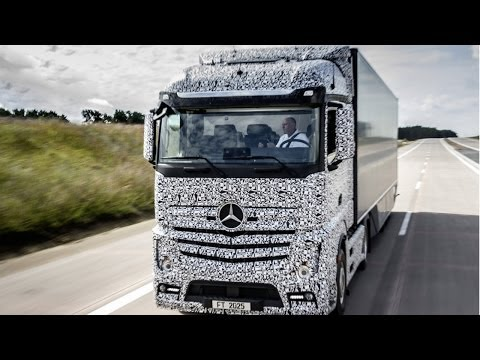 Mercedes-Benz unveils the truck of the future
