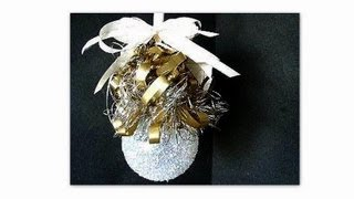 LIGHT BULB CHRISTMAS ORNAMENT, Recycle Project
