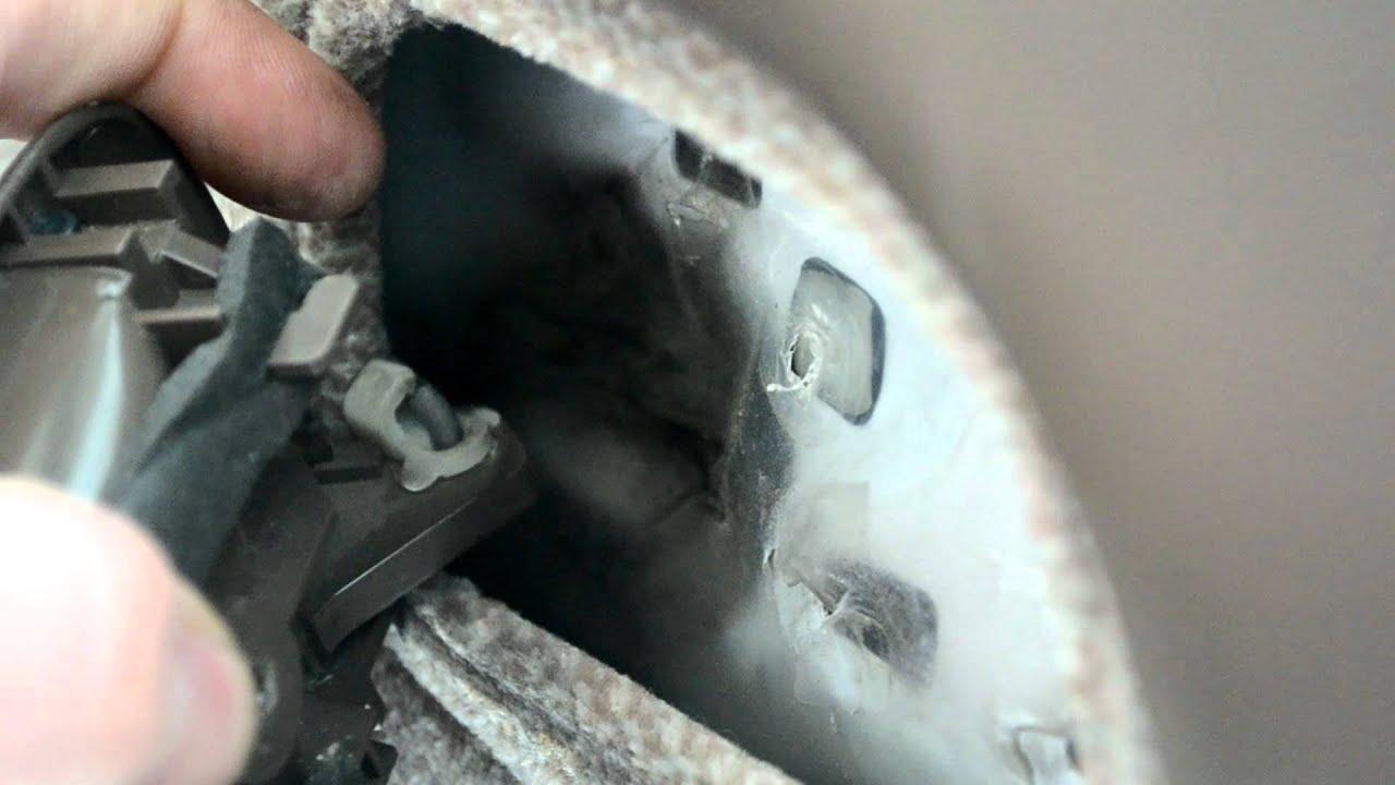 Interior Door Handle Replacement In A 93 97 Toyota Corolla