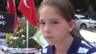Madenci kızı, Babalar Günü'nde babasına mezarı başında şiir okudu