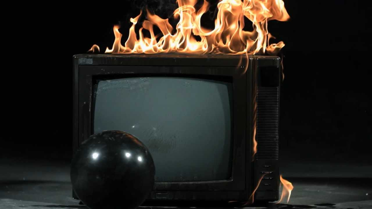 TV ardiendo