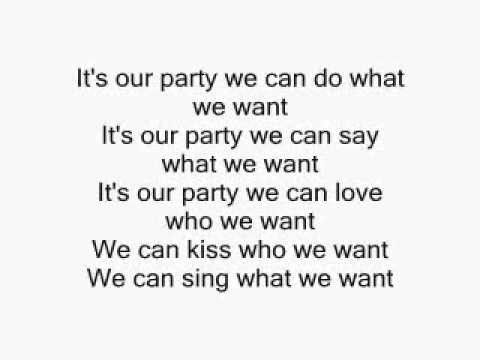 Miley Cyrus - We Can't Stop (HD Lyrics)