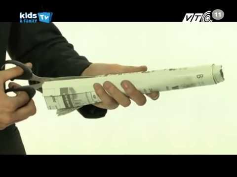 Ảo thuật gia J hướng dẫn biến giấy thành cây thông