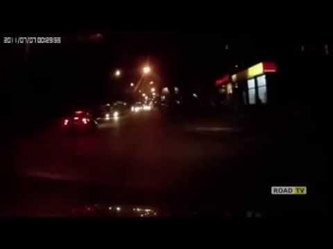 Таксист сбил человека 07.04.2014