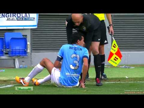 Wellington Funny Dive ~ Malaga vs Atletico Madrid 0-1  || 4/1/2014 HD