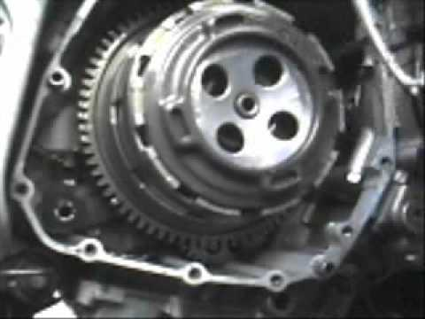 Suzuki GSX-R Clutch Plate Replacement