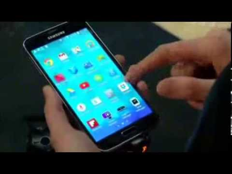 MOBILE CONGRESS SAMSUNG GALAXY S5 (Samsung unveils latest smartphone)