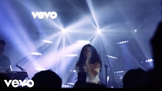 Alessia Cara - Scars To Your Beautiful (Vevo Presents)