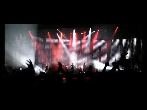 GREEN DAY When I Come Around LIVE | Toronto 2013