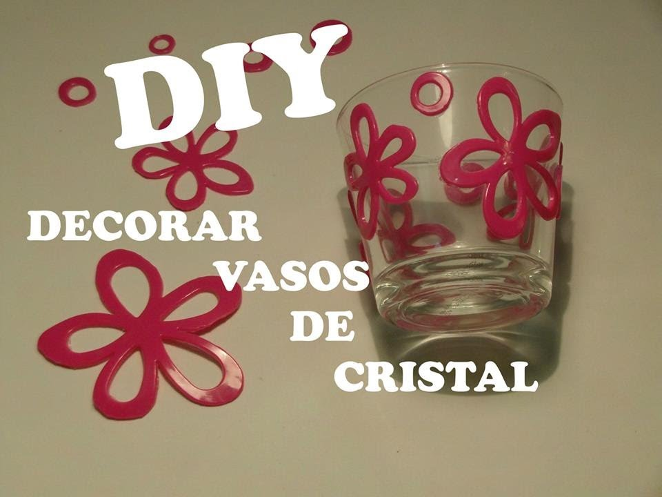 Diy decorar vasos de cristal con silicona youtube for Vasos de cristal ikea