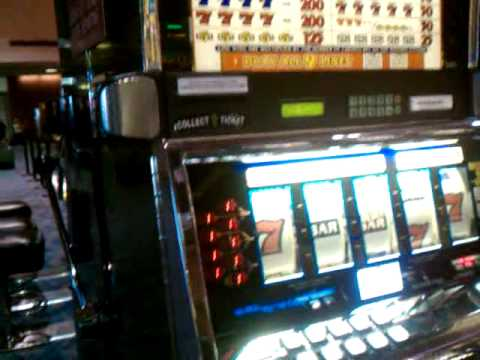 slot machine odds vegas airport