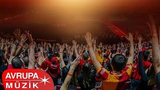 Galatasaray Tribün Korosu - İnandık Biz Sizlere