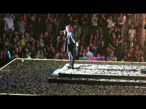 Demi Lovato Neon Lights Tour Glendale AZ 2-15-14