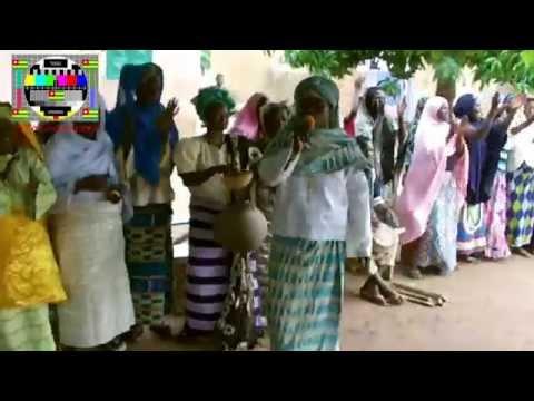 La population de Kouloumi (Tchamba) a réservé un accueil chaleureux à Jean-Pierre Fabre