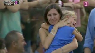 فيديو..نادال يوقف المباراة أثناء بحث أم على إبنتها   زووم