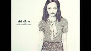 Siri Nilsen - Alle Snakker Sant