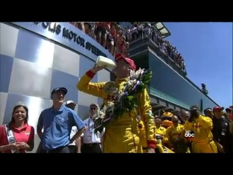 Ryan hunter reay  wins Indy 500 Photo finish for 1st Place over helio castroneves reaction