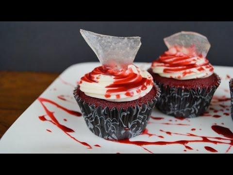 Cupcakes (Pastelitos)  Sangrientos Para Halloween - ¡Auch! - Mi Cocina Rápida