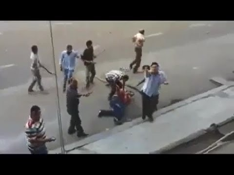 #OpEgypt #Egypt: Protestors shoot down a comrade