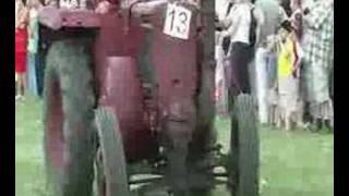 Zjazd Traktorów I Maszyn Rolniczych W Wilkowicach.