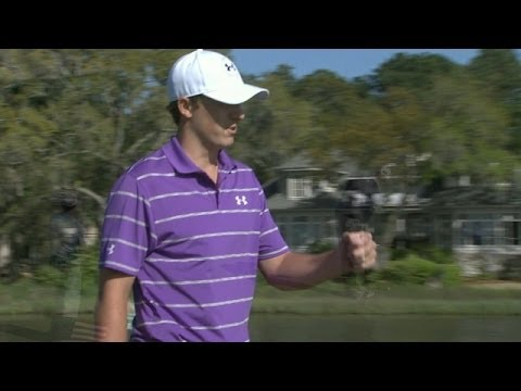 Jordan Spieth's tee shot sets up birdie at RBC Heritage