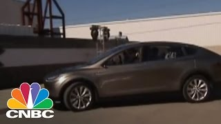Analyst Predicts Tesla Will Reach $400 | CNBC