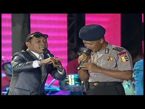 Polisi di Test Tatatata Lucu - MNCTV Roadshow Indonesia Bergoyang