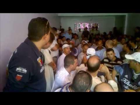 """أرباب الطاكسيات يحتشدون ضد """"مخزني"""""""