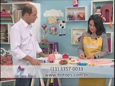 We Care About e Ateliê na tv com: Priscila Cunha- Porquinho em Feltro.
