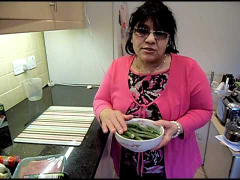 Okra Recipe - How to Cook Assyrian Iraqi Lamb Bamieh with Rice PART 1/2