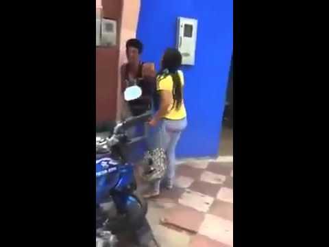 Filha ameça agredir a própria mãe