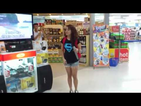 Karaoke u supermarketu