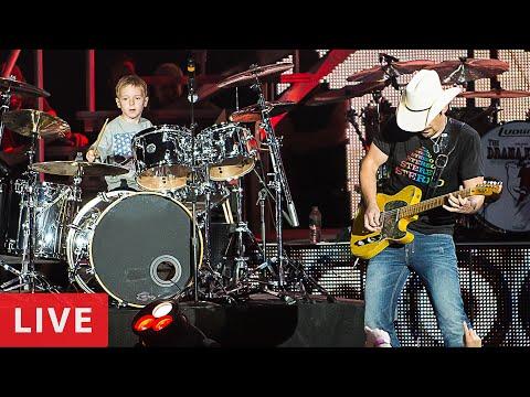 Brad Paisley & Avery Drummer Molek -