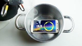 What Happens if You Pour Liquid Nitrogen on a Samsung Galaxy S7?
