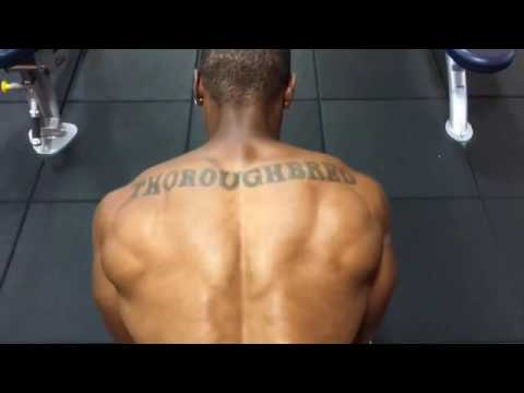 Reverse Dumbbell Flyes Gym Exercises - Build Strong Back Muscle