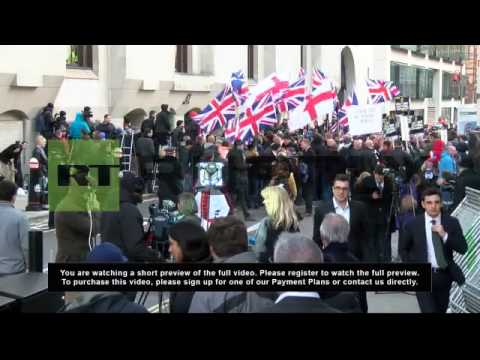 UK: Crowd cheers as Lee Rigby killers sentenced