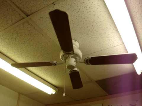42 Quot Hampton Bay Grayton Ii Ceiling Fan Youtube