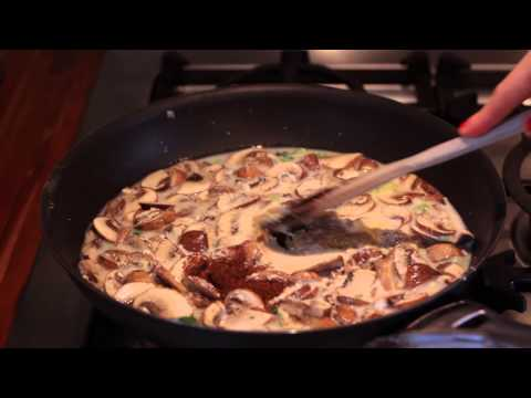 How to Make Spinach & Mushroom Lasagna With White Sauce : Gourmet Vegetable Recipes