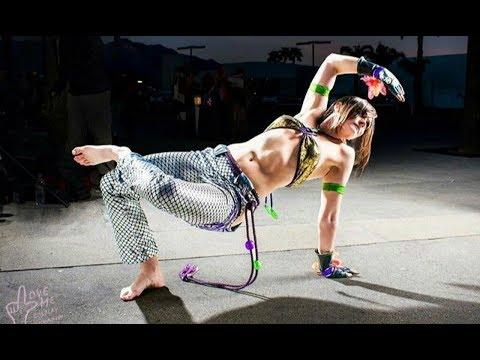 Beautiful Girls in Capoeira