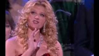 Mirusia Louwerse Sings 'Botany Bay' Andre Rieu Tour
