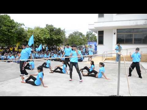 กองเชียร์กีฬาสีคราม วิทยาลัยเทคนิคพัทลุง 2557