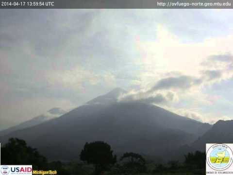 17 April 2014 time-lapse video of Fuego volcano, Guatemala
